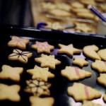 クリスマスクッキー作成中
